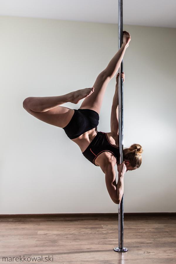 pole-dance-3